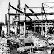 Nibelungenwerk nach Bombenangriff