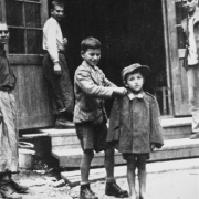 CC-Ebensee: liberated children, 8 May 1945