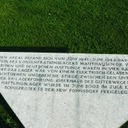 Gedenktafel bei der Gedenkstätte