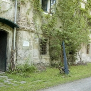 Lind castle - entrance to the museum