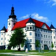 Außenansicht Schloss Hartheim