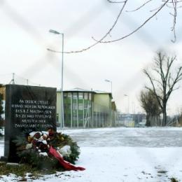 KZ Außenlager Saurer Werke - Gedenkstein